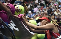 Maria Sharapova (photo) will play in all-Russian semifinal against Ekaterina Makarova at the Australian Open 2015 tennis championship in Melbourne after defeating Eugenie Bouchard of Canada