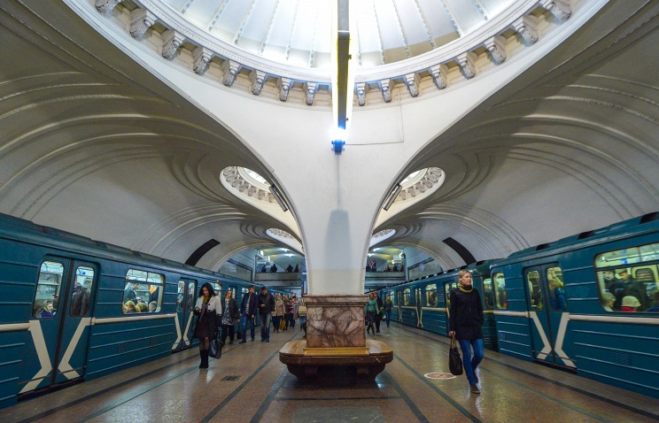 Moscow metro - Russia's historical and cultural symbol...